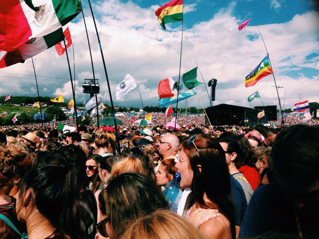 Glasto audience by Taylor Xu